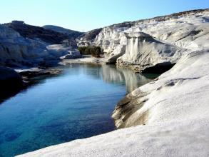 Best of Milos -Full day sightseeing & swimming private tour